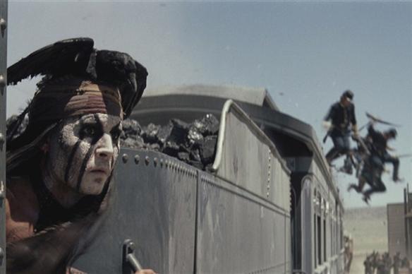 johnny-depp-lone-ranger-train-3